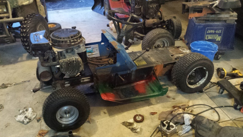 Vtwin Ford Race Mower - Page 2 20141217