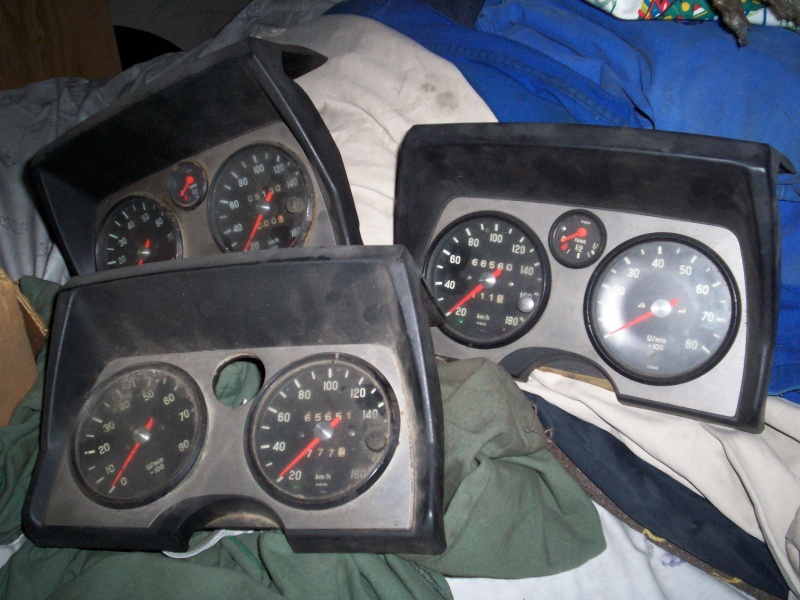 Caisse de course 1200 TT ailes larges + stock de pièces 100_0715
