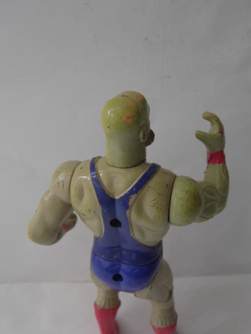 8 figurini rari anni 80-90 P1070510