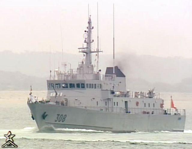 photos de quelques unités de notre flotte navale Marine11
