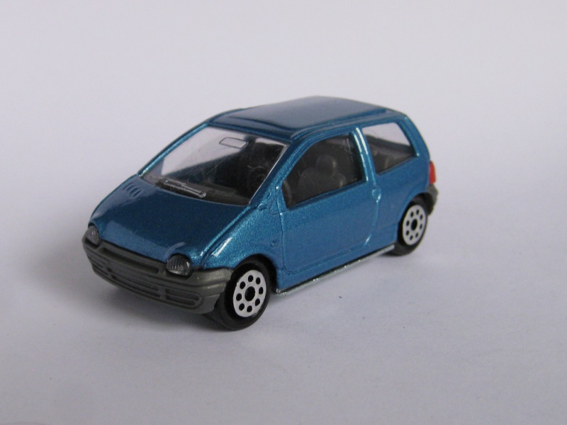 N°206 Renault twingo 1. Renaul13