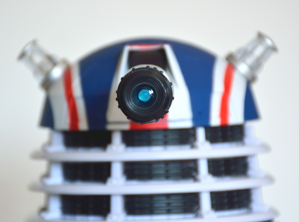 Show off your figure collections!!! - Page 18 Dalek_10