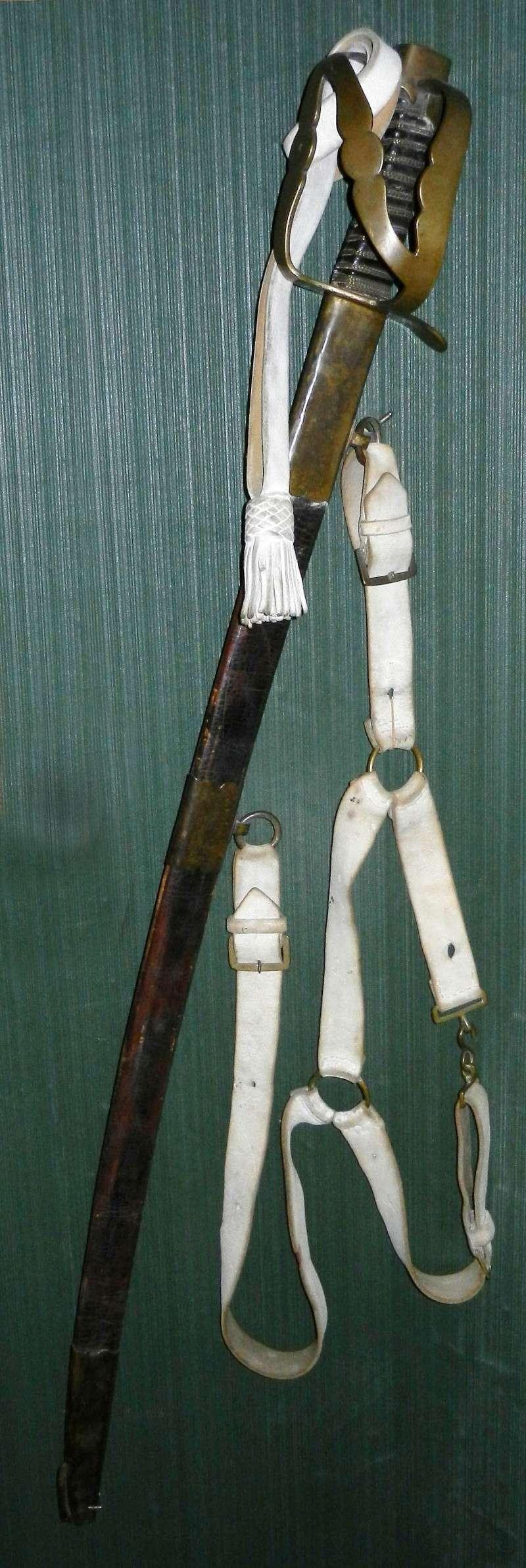 Les armes réglementaires en service dans la cavalerie légère. Dscn0911