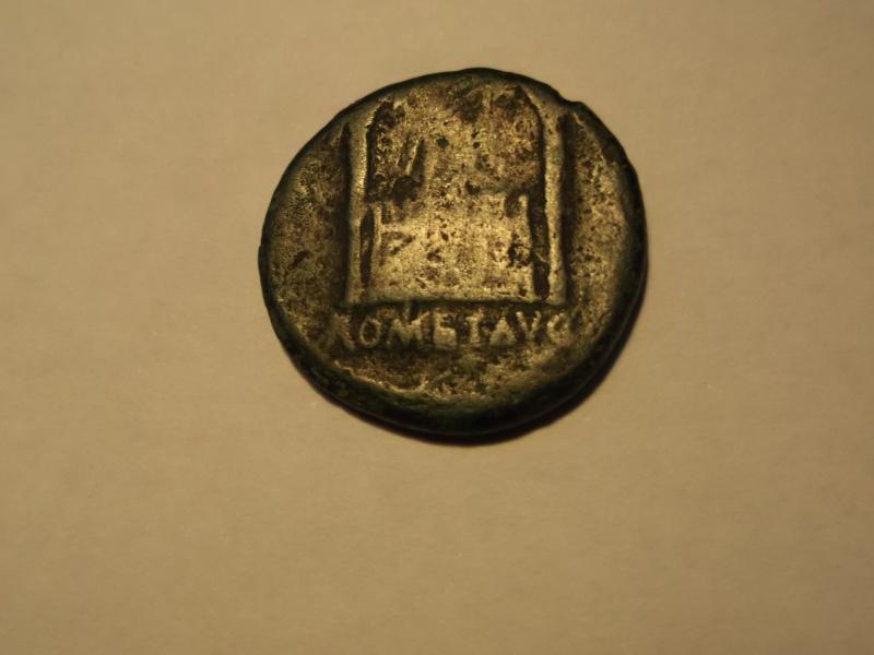 La tête à l'envers!, identification (résolu) As d'Auguste à l'Autel de Lyon 03-rev10
