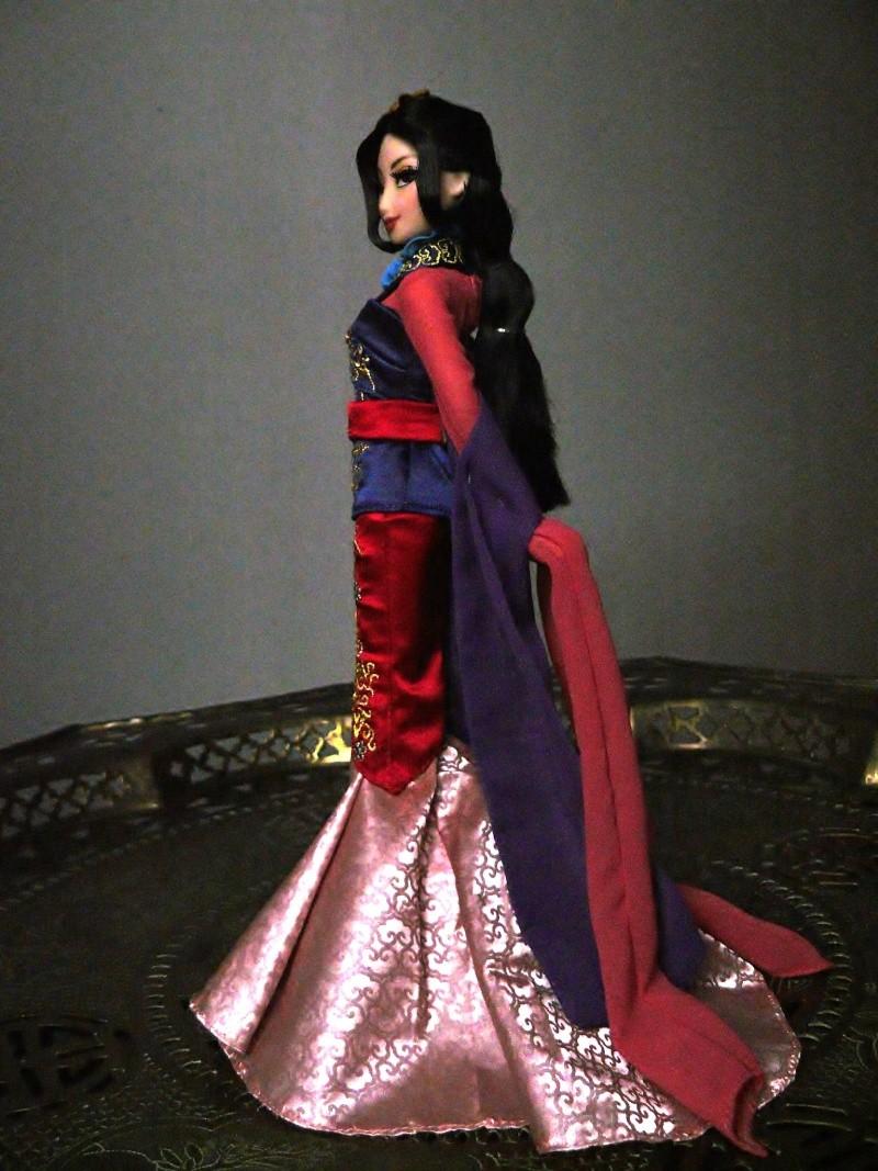 Disney Fairytale Designer Collection (depuis 2013) - Page 4 P1120612