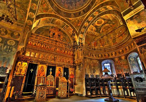 Bucarest, sur les traces de Dracula.Photos, lectures, peintures, vidéos etc... 32014110