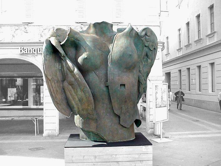 Igor Mitoraj [Sculpture] Igor_m10