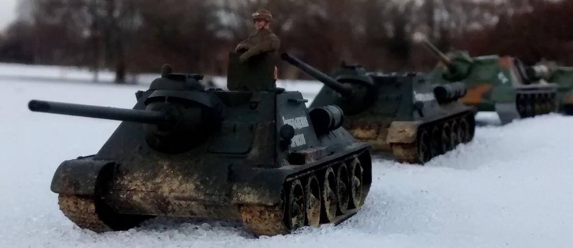 Sturmtigers Ausflug in den Osten - Seite 2 Su-85-11