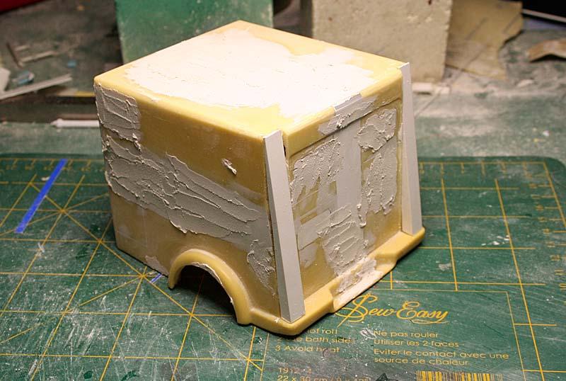 """FORD 1948 COE """"box van"""" : Terminé !!!! Img_8811"""