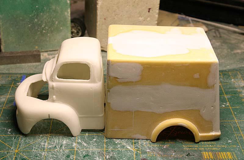 """FORD 1948 COE """"box van"""" : Terminé !!!! Img_8813"""