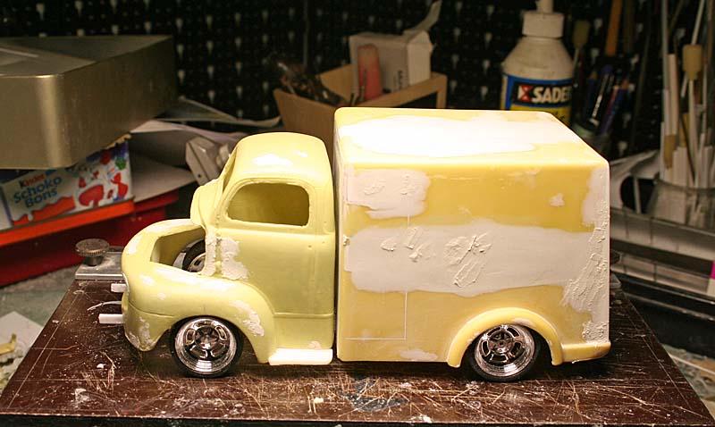 """FORD 1948 COE """"box van"""" : Terminé !!!! Img_8921"""
