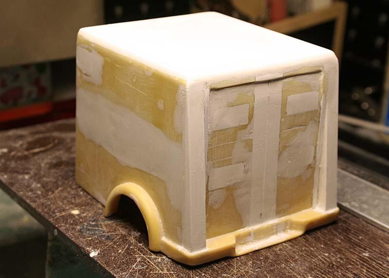 """FORD 1948 COE """"box van"""" : Terminé !!!! Img_8924"""