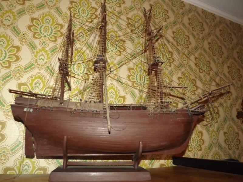 modellini navi di 60 anni fa  Dscf5713