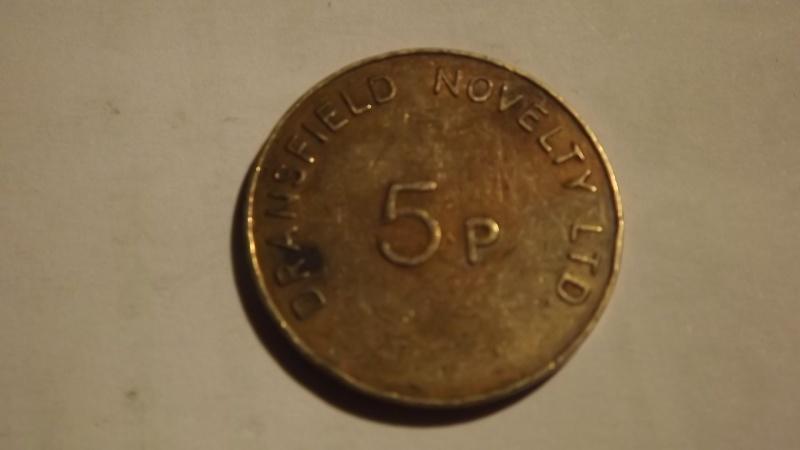 a identifié  jeton  5p dransfield novelty ltd Dscf3128