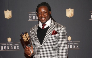 Eddie Lacy Weight and Height, Size | Body measurements B9919610