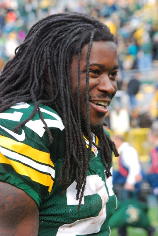Eddie Lacy Weight and Height, Size | Body measurements Lacy10