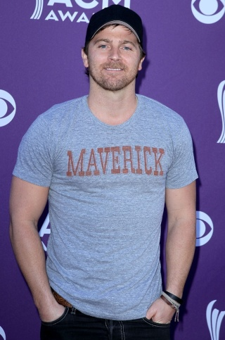 Kip Moore Weight and Height, Size | Body measurements Kip-mo10
