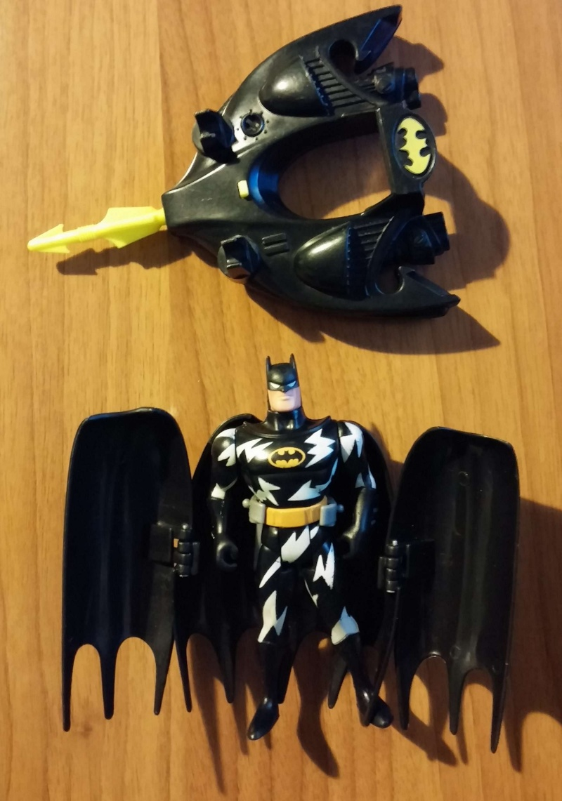 Batman - 10 action figure e 2 aerei 00310