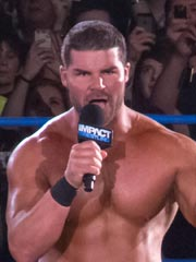 Bobby Roode Weight and Height, Size | Body measurements Bobby-10