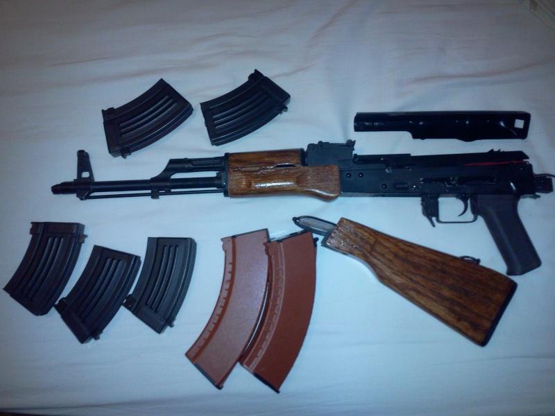 Vente Type 97 et morceau d'AK Photo011