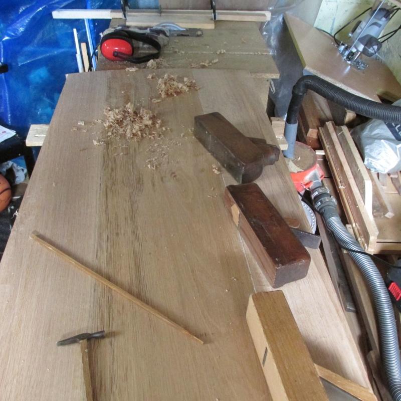 fabrication d'un bureau en chêne Img_0310