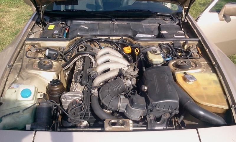 Vends Porsche 944 2.7 litres 2012-012
