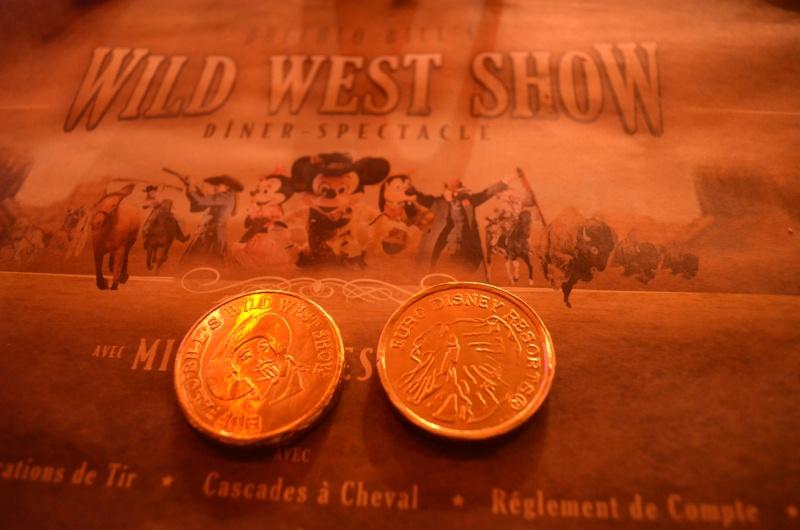 [Dîner-spectacle] La Légende de Buffalo Bill ... avec Mickey et ses amis ! - Page 19 Dsc_0310