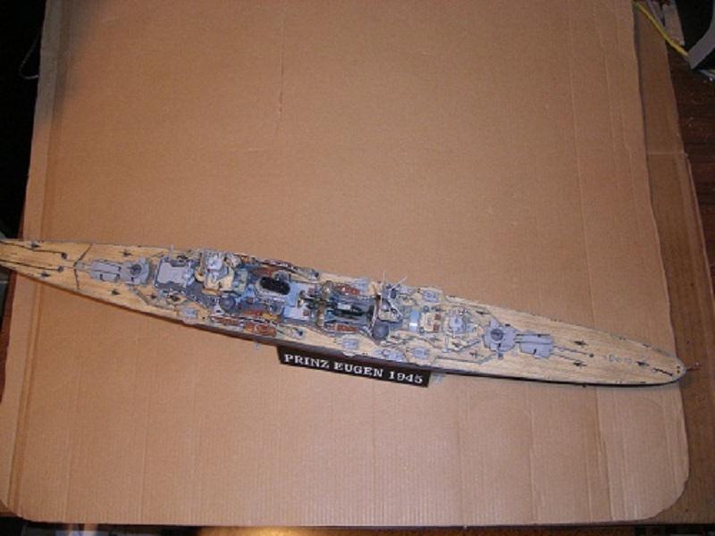 Allemande Croiseur lourd Prinz Eugen 1945 Trumpeter 1/350 réf. 05313  Imgp0643