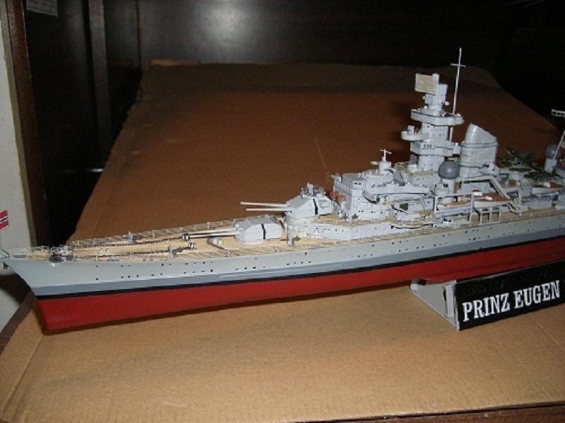 Allemande Croiseur lourd Prinz Eugen 1945 Trumpeter 1/350 réf. 05313  Imgp0645