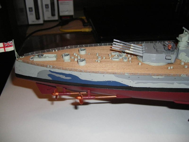 Bristish Battleship Prince of Wales à 1/350 Tamiya ref. 78011 Imgp0720