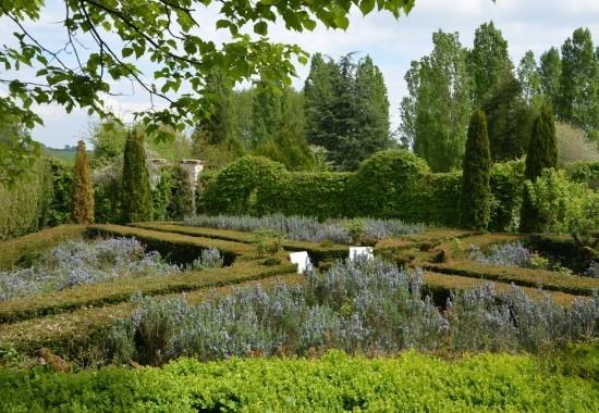 Courtyard & Gardens 460e9c10