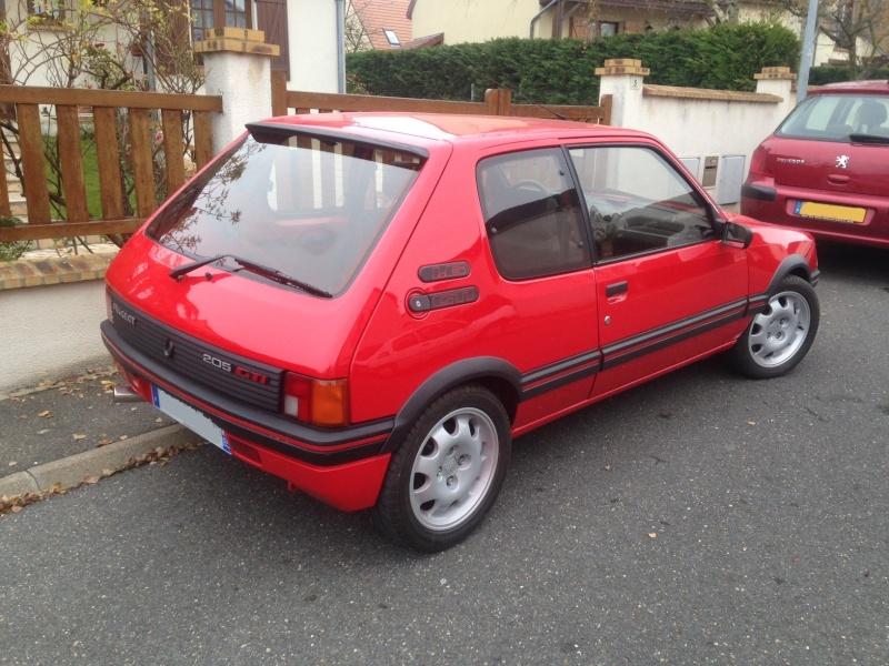 [Arturus] 2 GTI 1900 et 1600 - Rouge Vallelunga  - 1989 Img_1612