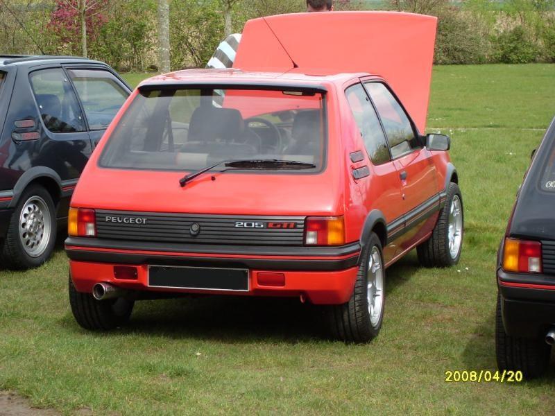 [Arturus] 2 GTI 1900 et 1600 - Rouge Vallelunga  - 1989 Sdc10010