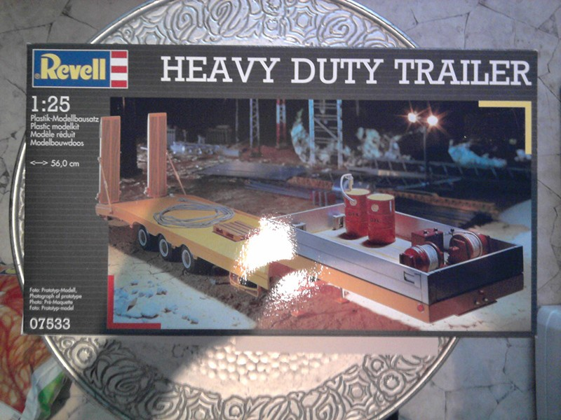 Revell Heavy Duty Trailer 1:25 01_10