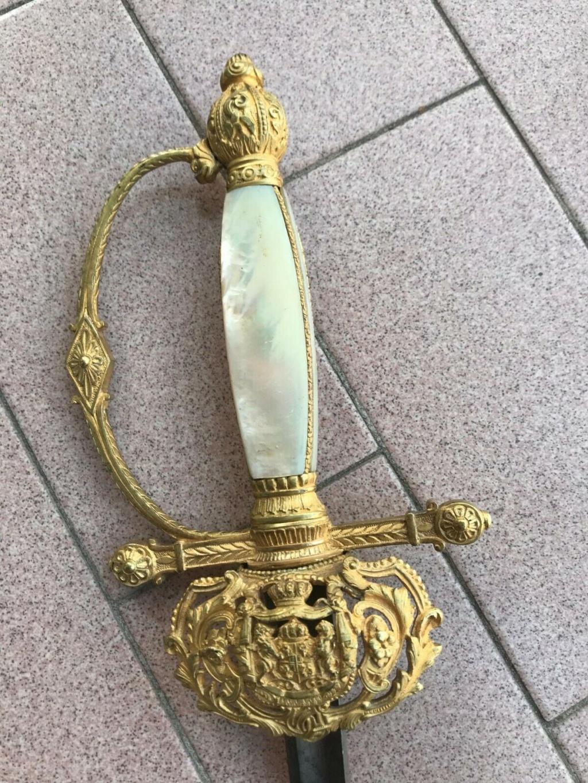 Armoiries épée S-l16018