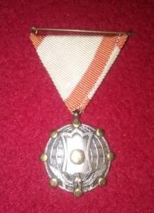 Médaille japonaise ? Sans_t10