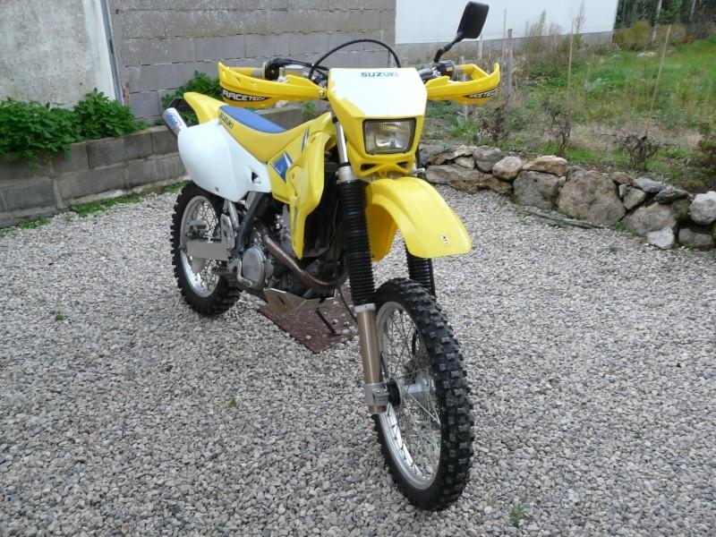 la p'tite jaune et la p'tite noire...  P1050810