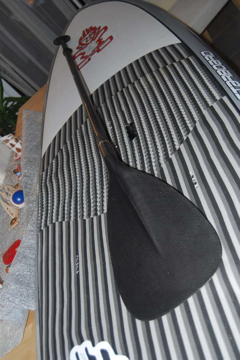 STARBOARD Element 9'8 quasi neuf + pagaie carbone Fanatic Planch13