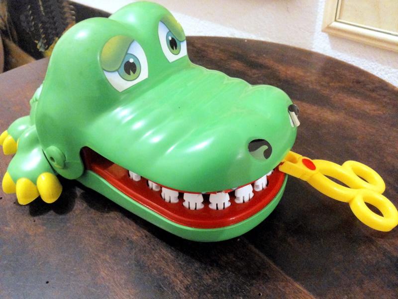 [VENDO] Crocodile Dentist MB gioco di società 1990 ottimo raro completo 20141232