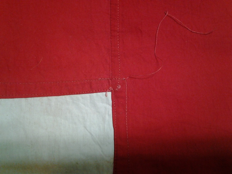 drapeau croix-rouge: original ou copie? 2014-116