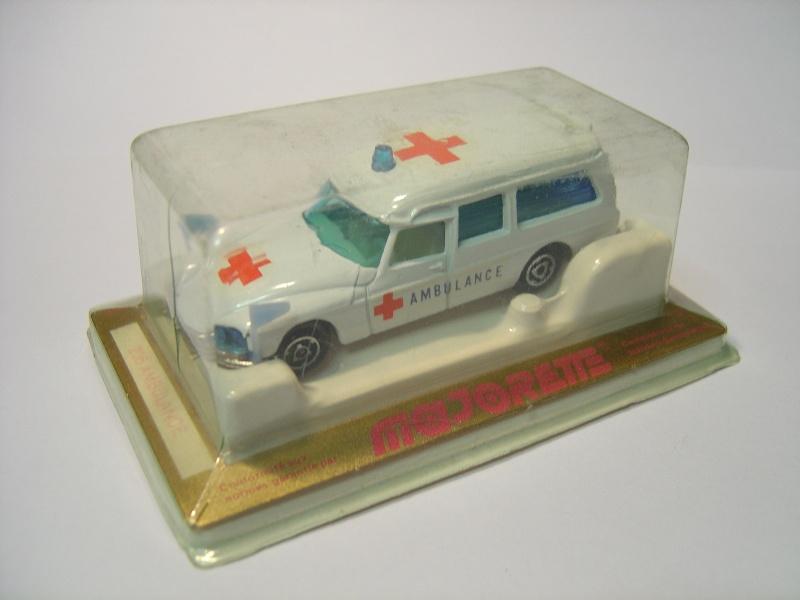 N°206 Citroën Ds Ambulance Photos13