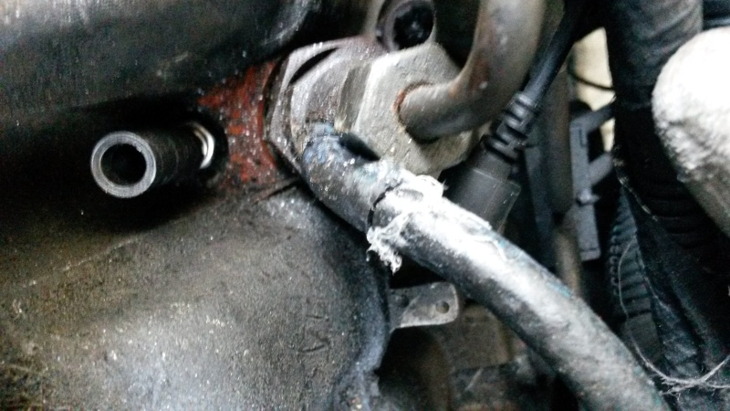 Rupture de durite retour carburant 20141210
