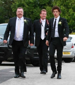 Harry Styles net worth   Harry-11