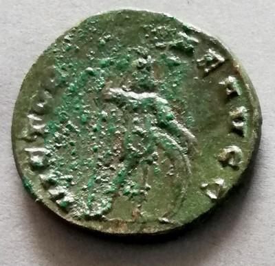 Antoninien à identfier Img_2030