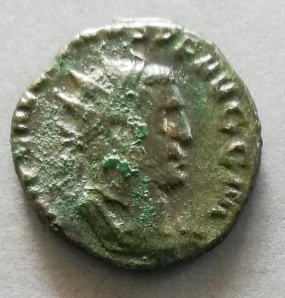Antoninien à identifier Img_2039