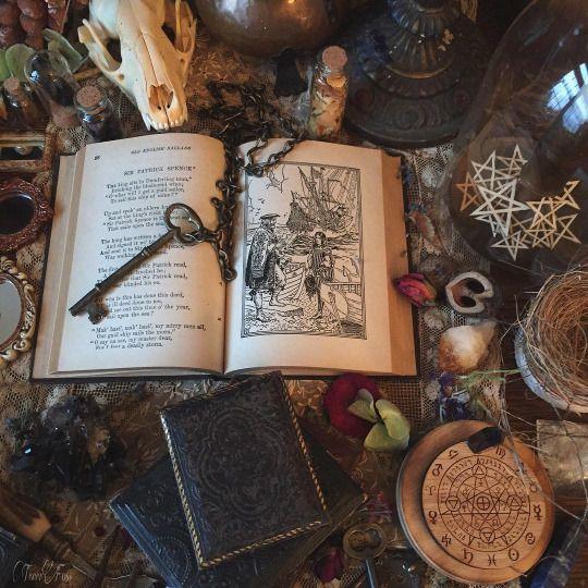 Какую литературу читать по магии? 5161d810