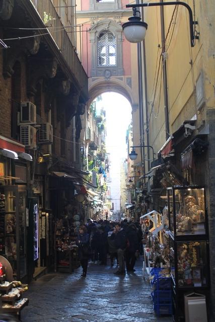 Povabilo na kavo Neapel11