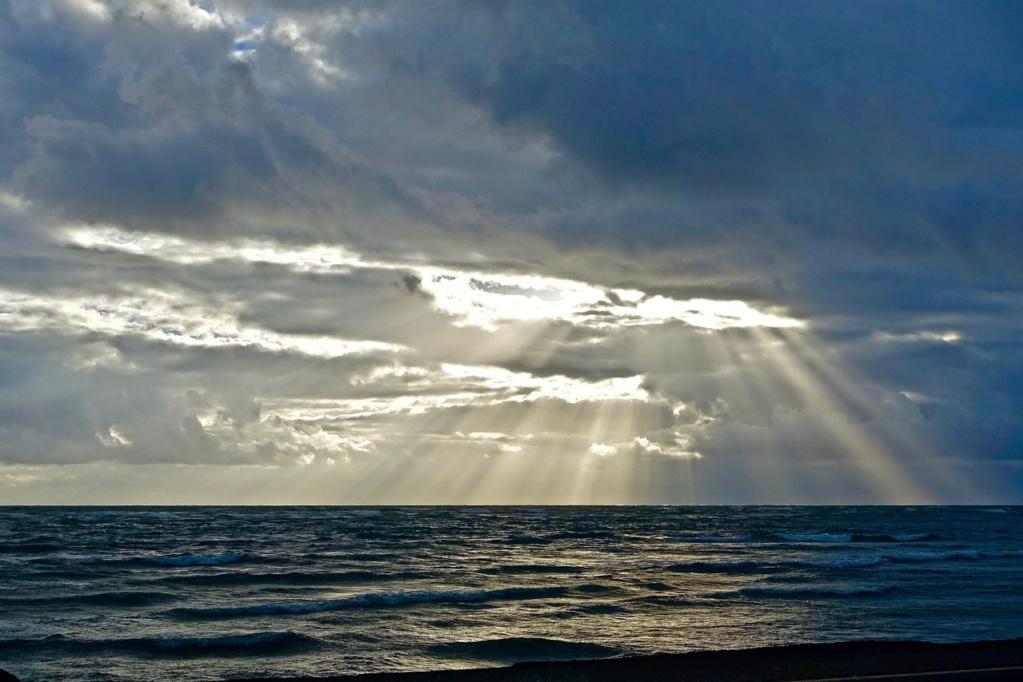 Ог Теллез: Солнце и Небо, это - жидкокристаллическая матрица Sun-2210