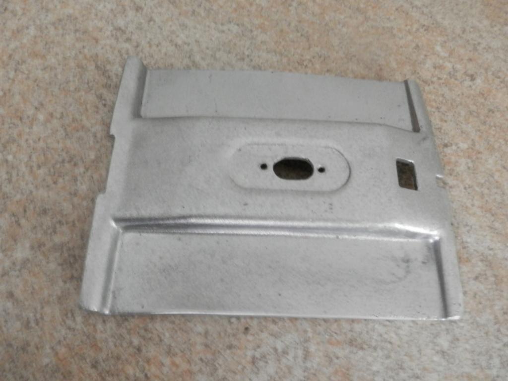 22 Lt Top Box Mounting plates. P7270119