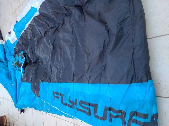 vds Flysurfer Sonic 2 11 m nue 650 euros(vendue) Img_2012